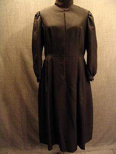 Costumes/20th Century/1930's/Women's Wear/1930's Women's Dresses/09019136 Dress 1930's black silk, B36 W33