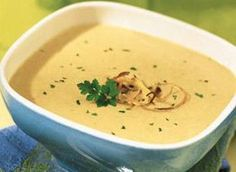 Cream of browned onion soup - recettes cuisine - Raw Food Recipes Easy Healthy Recipes, Raw Food Recipes, Healthy Drinks, Soup Recipes, Cooking Recipes, Gazpacho, Cream Of Onion Soup, Parsley Recipes, Ricotta