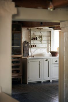 Beautiful deVOL Kitchen inspiration and happy memories from our Cotes Mill showrooms. - The deVOL Journal - deVOL Kitchens Loft Kitchen, Kitchen Reno, Kitchen Ideas, Kitchen Design, Old Tables, Devol Kitchens, Base Cabinets, Shaker Cabinets, Wooden Staircases
