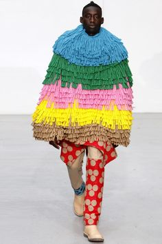 O k....gotta say I am not really getting this....Walter Van Beirendonck Fall/Winter 2011