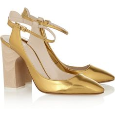 Chloé Metallic leather pumps (7 545 UAH) ❤ liked on Polyvore featuring shoes, pumps, heels, chloe, gold, metallic leather pumps, high heel pumps, buckle shoes, metallic pumps and almond toe pumps