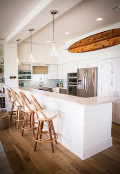 nice kitchen bar... coastal-living-kitchen
