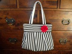 Forget-Me-Not Crafts - Black and White Pleated Shopping Bag, with Four Colours of Brooch, Internal Pocket and Magnetic Snap. Only £19.99!
