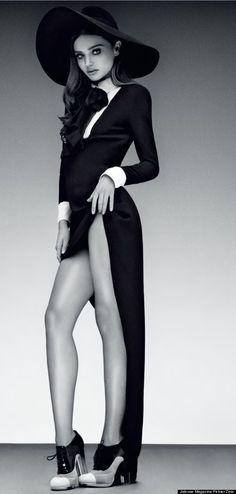 Miranda Kerr poses for Jalouse magazine Hot womens loving this! Reposted from [[ORIGINALPOSTCAPTION] sexy sexy body Miranda Kerr, Cara Delevigne, High Fashion, Fashion Beauty, Mode Editorials, Fashion Editorials, Australian Models, Fashion Poses, Fashion Shoot