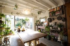 There is something really fun about this  space.  From Apartment Therapy. 12912ayatrevorhousetour_13_rect540