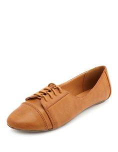 Lace-Up Round Toe Oxford