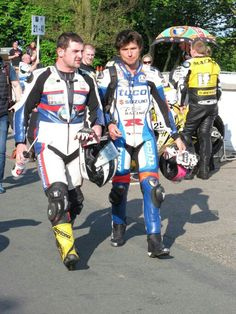Michael Dunlop and Guy Martin tt 2014