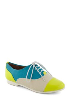 The Amazing Gracie Flat by Steve Madden - Color Block, Flat, Lace Up, Colorblocking, Multi, Yellow, Blue, White, Casual, Menswear Inspired