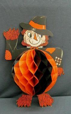 "1960 Beistle 'Scarecrow' Art-Tissue Easel Back Halloween Decoration. Size: 14"""