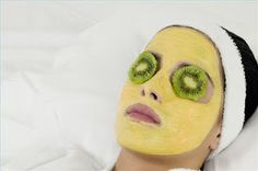 DIY Yogurt Face Mask For Acne & DIY Natural Face Mask, You can make your own DIY homemade yogurt face mask recipes & diy face mask for acne and oily skin . Mask For Oily Skin, Skin Mask, Facial Scrubs, Facial Masks, Facial Hair, Homemade Face Masks, Diy Face Mask, Yogurt Face Mask, Overnight Face Mask