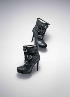 866f6250f81a totally just got these Vera Wang boots... LOVE THEM Simply Vera