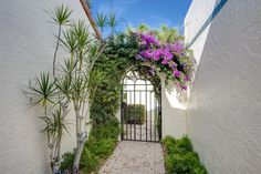 15 Las Brisas Way, Naples, Florida 34108 United States | Las Brisas has some beautiful gates.  Welcome. Pelican Bay