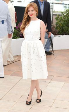 Isla Fisher in #dolcegabbana Prefall dress to the photocall for 'The Great Gatsby' at the #Cannes Film Festival