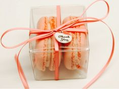 25 Macarons Favor Box