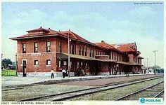 Postcard, depot and hotel, Dodge City, Kansas.