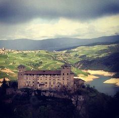 Ritorna il #TreninodeiCastelli in #Trentino… tutti i sabati dal 7 maggio al 18 giugno e dal 23 luglio al 3 settembre, e in più i  venerdì 9 e 16 settembre.  #savethedate…