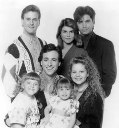 Picture Of Mary Kate Olsen John Stamos Candace Cameron Bure Dave Coulier Lori Loughlin Bob Saget And Jodie Sweetin In Full House Lori Loughlin, John Stamos, Candace Cameron Bure, Mary Kate Olsen, Best Tv Shows, Favorite Tv Shows, Full House Cast, Michelle Tanner, Netflix