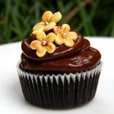 Cupcakes Online, Cake Online, Chocolate Ganache, Chocolate Cupcakes, Online Cake Delivery, Mini Cakes, Minnie Cake, Mini Pastries