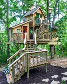 Playground Design, Backyard Playground, Children Playground, Play Houses, Bird Houses, Ideas Cabaña, Fort Ideas, Beautiful Tree Houses, Cool Tree Houses For Kids