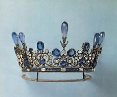 Sapphire and diamond tiara, property of a polish countess.