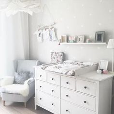 Kinderzimmer Ikea Hemnes Wickeltisch You are in the right place about baby room decor bear Here we offer you the most beautiful pictures about the … Baby Bedroom, Baby Boy Rooms, Baby Room Decor, Baby Boy Nurseries, Kids Bedroom, Nursery Room, Ikea Baby Nursery, Ikea Baby Room, Room Kids