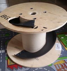 turn a spool into a toy garage these are awesome ideas must remember pinterest id e. Black Bedroom Furniture Sets. Home Design Ideas