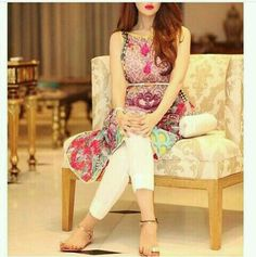 Pakistani Designer Cotton Lawn Suits are famous and popular World Wide. These suits are perfect for summer wear with excellent quality fabric and superb designs. Pakistani Dresses Casual, Eid Dresses, Indian Dresses, Casual Dresses, Fashion Dresses, Dps For Girls, Trendy Suits, Stylish Girl Pic, Girls Dpz