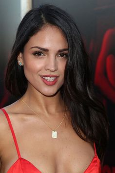 """Eiza Gonzalez Photos - Actress Eiza Gonzalez arrives at the Premiere of Sony Pictures' """"Baby Driver"""" at Ace Hotel on June 2017 in Los Angeles, California. - Premiere of Sony Pictures' 'Baby Driver' - Arrivals Brunette Beauty, Hot Brunette, Beautiful Celebrities, Gorgeous Women, Celebrities With Red Hair, Celebrities Fashion, Celebrity Beauty, Celebrity Style, Hollywood Actresses"""