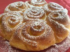 Dalla tradizione mantovana, uno dei dolci più gustosi: la Torta delle Rose...  #agriturismo #tortadellerose #dolci