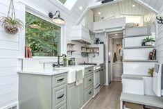 This is a heritage style tiny house on wheels. It's built and designed by Summit Tiny Homes based out of Canada. They call it The Heritage. Tiny House Trailer, Tiny House Plans, Tiny House On Wheels, Tiny House Wood Stove, Tiny House Australia, Large Homes, Tiny Homes, Tiny House Big Living, Kropf