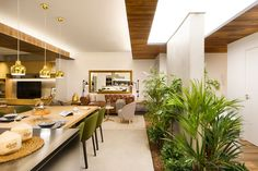 Ubicada en Barcelona, esta vivienda está destinada para albergar vacaciones en familia con la comodidad de un hogar