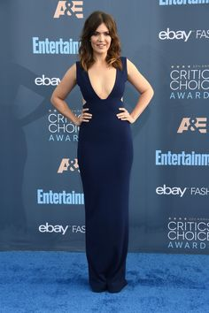 Mandy Moore Photos Photos - Actress Mandy Moore attends The Annual Critics' Choice Awards at Barker Hangar on December 2016 in Santa Monica, California. - The Annual Critics' Choice Awards - Arrivals Critic Choice Awards, Critics Choice, Nia Long, Mandy Moore, Chor, Red Carpet Looks, Evening Gowns, Blue Dresses, Celebrity Style
