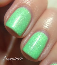 Fanessinista: Picture Polish - Tail Feather