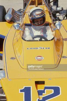 Peter Revson - McLaren M16B [2] Offenhauser 159 ci turbo - McLaren Cars - International 500 Mile Sweepstakes - 1972 USAC National Championship Trail, round 3 - © Bob D'Olivo