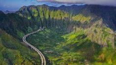 Interstate H-3 on the island of Oahu, Hawaii (© Royce Bair/Getty Images) January 31, 2016