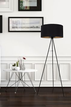 F O N D A C H E L L I  Le look épuré se faufile partout !  #multiambiance #luminairedesign #eclairage #tendance #ambiance #decointerieure #tendancedeco #inspirationdeco #eclairagetendance #eclairagedesign #lumiere #luminaire #lampedeplancher Lighting Setups, Lighting Solutions, Home Lighting, Lighting Design, Ceiling Lighting, Multi Luminaire, Luminaire Design, Flooring Sale, Led Manufacturers