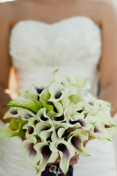 not sure if you liked the cala lily suggestion - but if you did here are cool ones that are purple in the middle!  // Photography By / http://merari.com,Floral Design By / http://everafterfloraldesign.com