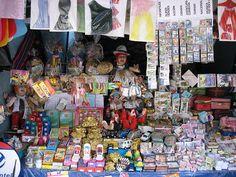 dolares y mas - alasitas, Bolivia