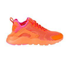 check deze Nike  Air Huarache Run Ultra BR Sneakers Dames (oranje)