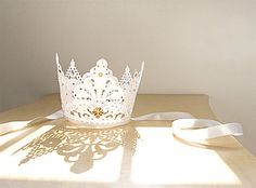 white crown