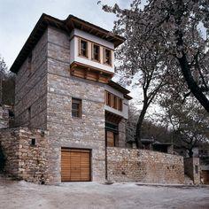 Kizis Architects - HOUSE IN VYZITSA, /nMOUNT PELION #greece