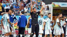 Chiquito Romero festeja... Argentina 1 Suiza 0 .......... Gol de Di Maria..... en tiempo suplementario..... 1 julio de 2014.. octavos de final..  Estadio Arena Corinthias ... San Pablo.. Brasil.