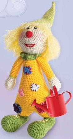 Amigurumi oyuncak yapımlarından Palyaço Yapımından oldukça zevk alıp eğleneceksiniz. Yapım aşamasında çocuğunuzu da yanınıza alarak hoş vakit geçirebilirsiniz.