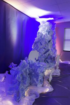 Scrunched paper makes an ice berg for polar bear silhouettes to sit on at #OperationArctic #AnswersVBS #vbs2017