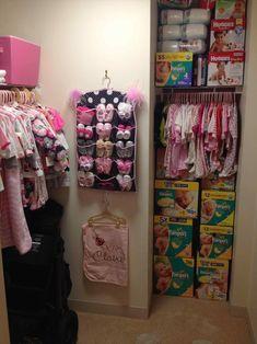 Nursery Organization Shoes - Top And Wonderful Baby Shoe Organizer Ideas Baby Bedroom, Baby Room Decor, Bedroom Decor, Baby Life Hacks, Baby Closet Organization, Organizing Baby Stuff, Organization Ideas, Closet Storage, Baby Girl Nurserys