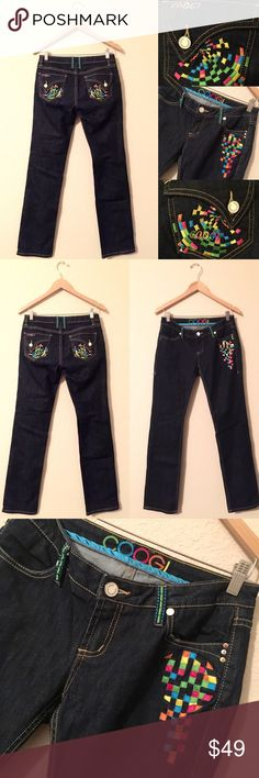 COOGI 🌟 Embroidered Dark Blue Jeans 7/8, 7, 8 Absolutely excellent pre-loved condition!  Price embroidery!  💗💗💗 COOGI Jeans