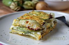 Parmigiana bianca di zucchine e patate,White parmigiana with zucchini and potatoes Vegetarian Recipes, Cooking Recipes, Healthy Recipes, Italian Dishes, Italian Recipes, Antipasto, Veggie Dishes, Food For Thought, Food Inspiration
