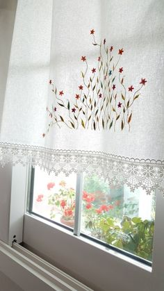 Wonderful Ribbon Embroidery Flowers by Hand Ideas. Enchanting Ribbon Embroidery Flowers by Hand Ideas. Cushion Embroidery, Embroidery Flowers Pattern, Embroidery Patterns Free, Silk Ribbon Embroidery, Embroidery Stitches, Hand Embroidery, Embroidery Designs, Dressing Table Mirror, Shades Blinds