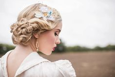 birdcage veil hair accessory crystal piece accessories from Award winning Bespoke Vintage Castle Whimsical Wedding, Boho Wedding, Pearl Bouquet, Shabby Chic Theme, Lace Hair, Hair Vine, Bridal Gifts, Bridal Accessories, Hair Pieces