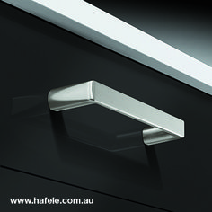 Häfele creates it's furniture handle collection: designs and finished for every taste Furniture Handles, Cabinet Makers, Industrial Furniture, Door Handles, Hardware, Collection, Design, Home Decor, Door Knobs